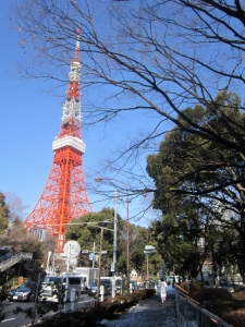 I get to pass by the Tokyo Tower twice a day!