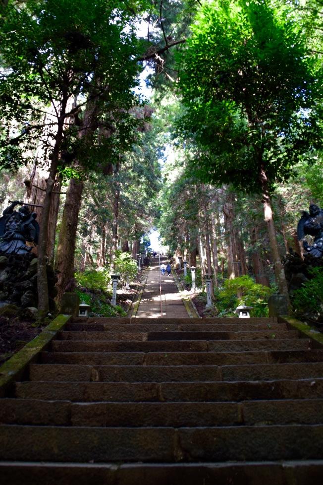 f161002_tokyo_stairway-to-heaven_tamlynkurata