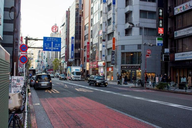 SP18302_Shinjuku_View-of-a-Street-KaylaAmador