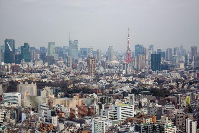 SP18304_Ebisu_Tokyo-Skyline_KaylaAmador