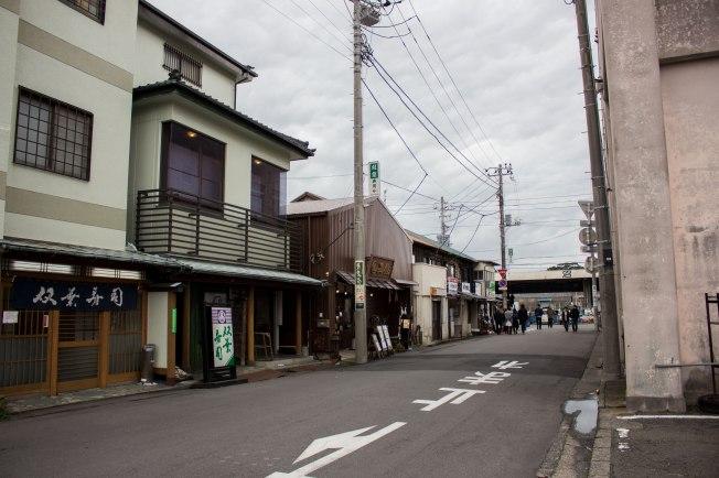 SP18907_Nuzamu_Street near Numazu Port_KaylaAmador