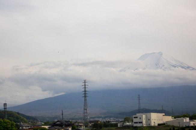 SP18510_Fuji-Q_Leaving Mt. Fuji_KaylaAmador